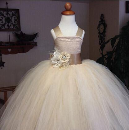 Nouvelle robe de fille de fleur de dentelle avec robe de bal de fête de robe de boule de fleur pour petites filles enfants / robe pour le mariage