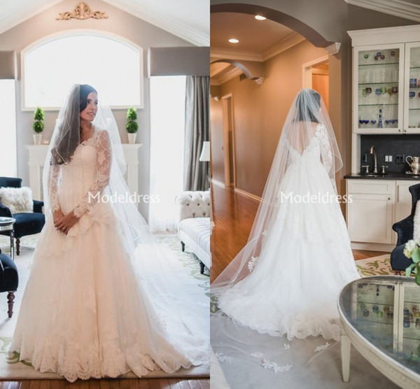 Charming Lace Wedding Dresses With Long Sleeves A-Line Backless Illusion Sweep Train Country Garden Bridal Gowns Tiered Chic robes de mariée