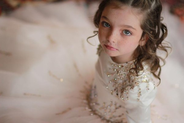 Beaded Sequins African 2019 Flower Girl Dresses Long Sleeves Tulle Little Girl Wedding Dresses Vintage Child Communion Pageant Gowns
