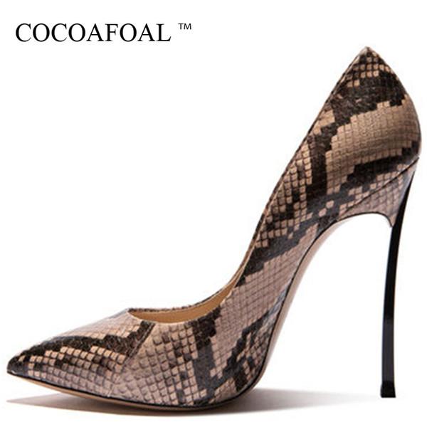 Cocoafoal Woman Snake Skin Pumps Große Größe 33 43 Fetisch High Heels Valentine Schuhe Beige Braun Spitz Sexy Hochzeitsschuhe
