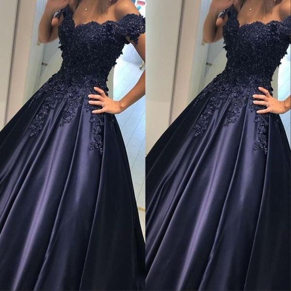 Vestidos de fiesta azul marino de la vendimia Apliques largos con hombros descubiertos Con pliegues de satén con cuentas Longitud del piso Vestidos de noche elegantes y elegantes Vestidos