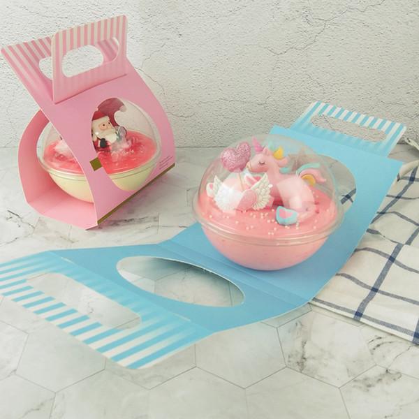 Chiara sfera di plastica rotonda della tazza della mousse con il contenitore di torta del dessert delle scatole di cupcake della scatola della maniglia della carta che spedice liberamente