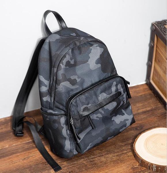 Завод Оптовая продажа мужчины сумка новых мужчин мода камуфляж нейлон ткань рюкзак студент мешок свободного покроя кожа рюкзак
