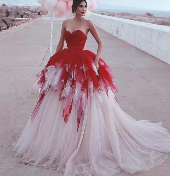2019 New Said Mhamad Brautkleider Strandfalten Mischfarbe Weiß Rot A-Linie Brautkleid Boho Brautkleider Mittlerer Osten Dubai