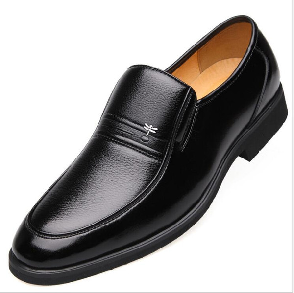 Cheap wholesale Top Quality Men Loafers Genuine Leather shoes for Men Business Shoes Gentlemen dress designer shoes business,free shipping