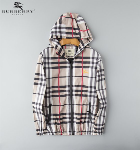 Autumn and winter new black and white gray striped men's outdoor sports jacket jacket high quality men's windbreaker. Men's hoodie print jac