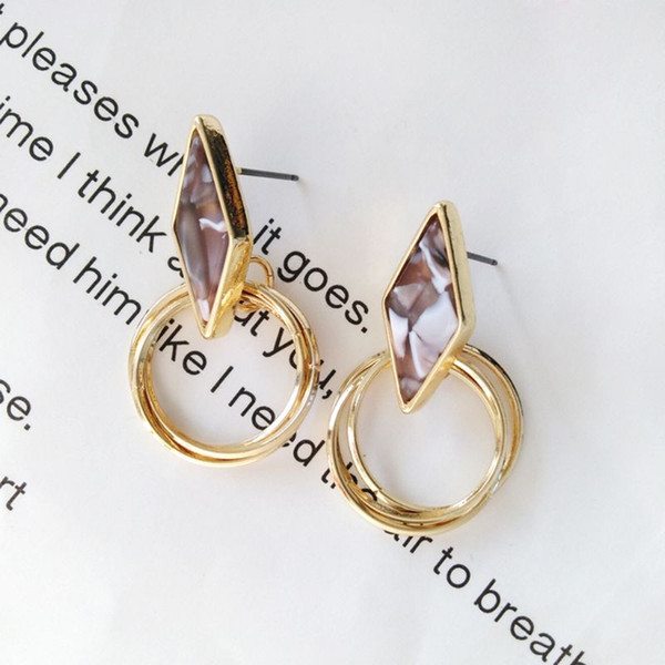 Hollow Küpe Yüzük Kolye Geometrik Moda Dekorasyon Kadınlar Takı Altın Lüks Kulak Damızlık Kız Hediyeler Charms Basit Personali