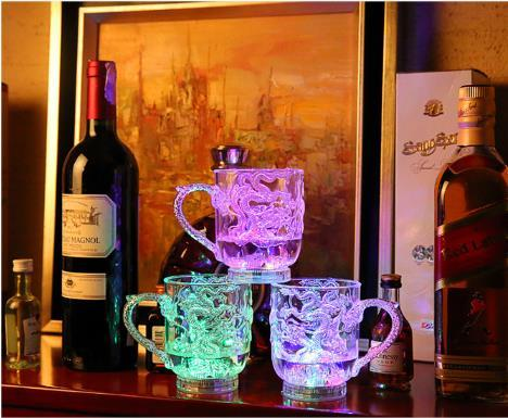 best selling Colorful Luminous Lighting Water Wine Glass Cup Mug Glowing Water Liquid Induction Flash Cup for Party Wedding Decoration