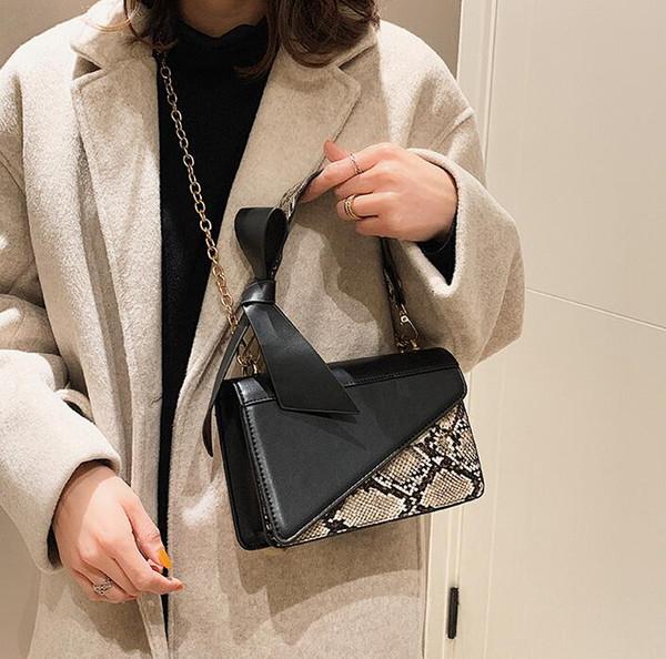Fábrica al por mayor marca de las mujeres bolso de la moda de la serpiente portátil el solo bolso de hombro elegante serpiente de costura de las mujeres bolsa de la cadena de contraste leathe