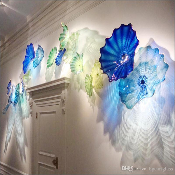 best selling Modern Hand Made Blown Glass Flower Plates for Wall Decoration Chihuly Style Multicolor Murano Glass Hanging Plates Wall Art for Hotel Decor