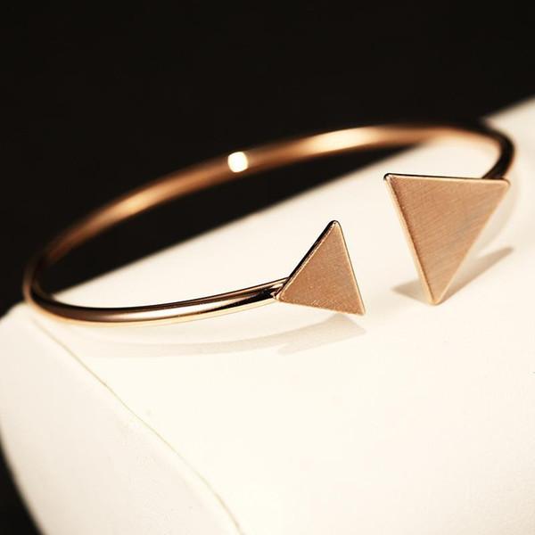 Kadınlar için UpPoint Agood moda takı aksesuarları açık bilezik parti hediye üçgen altın kısa bilezik gül bilezik serseri