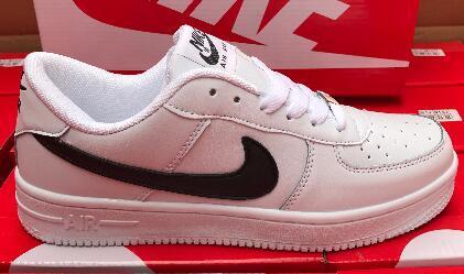 A2 2019 Yüksek Kaliteli Moda Zorlama CORK Erkek Kadın Bir 1 Rahat ayakkabılar yüksek Düşük Kesim Tüm Beyaz Siyah Kahverengi Renk Rahat Sneakers Boyutu 36-46