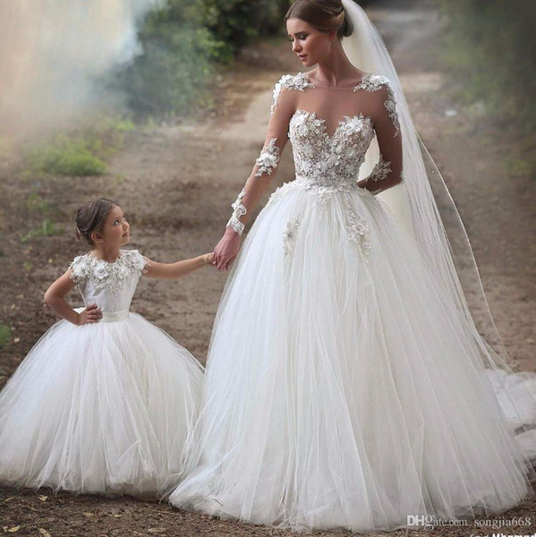 2019 Cheap Dress High Quality Dress Best Selling Mermaid Wedding Dress Vintage Bridal Gowns With Long Tail