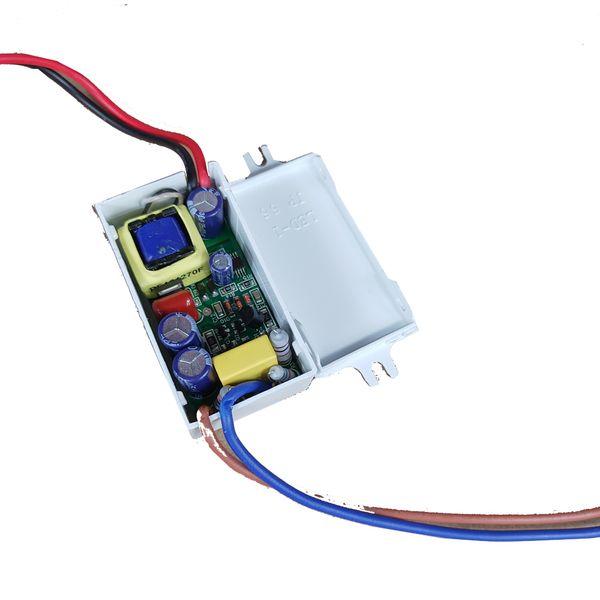 8.4W Düz Karartma LED Triyak Kısılabilir Sürücü, Firar kenarı veya Ön Kenar Çıkışı (SEC) ile Dimmer 6-12V 500mA 600mA 700mA