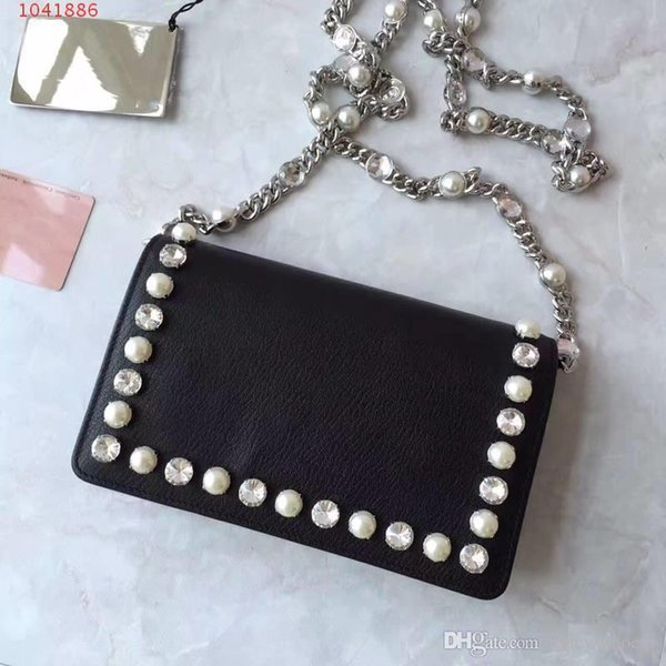 New goatskin pearl chain Small square leather Small fresh Rhinestone pearl side lychee Shoulder slung Ladies clutch