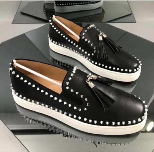 Mens Designer Shoes Sneakers Designer coupe-bas Spikes chaussures Flats fond rouge pour Party Chaussures de sport en cuir pour homme Mocassins Top qualité t5