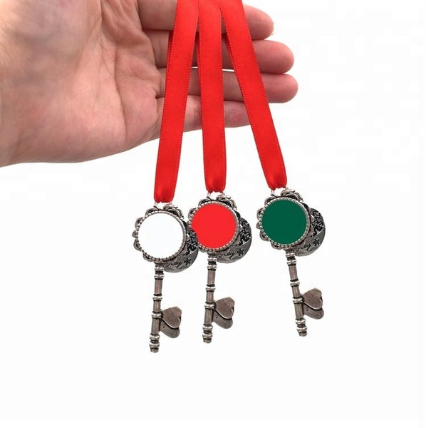 top popular Wholesale New Design Special Personalized Enamel Christmas Santa's Magic Keys Christmas Ornament Gift Monogrammed Santa Snowflake Key 2021