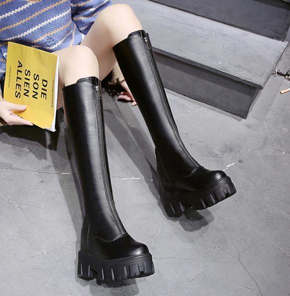 bottes cavalières Botte de femmes 2019 nouvelles bottes d'élévation d'hiver avant de semelle épaisse femmes zipper bottes Martin
