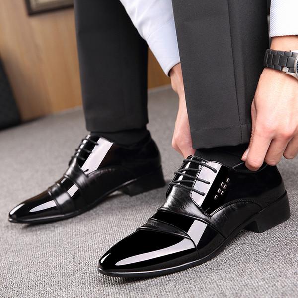 Großhandel Marke Lackleder Herren Schuhe Business Kleid Schuhe Schwarz Braun Oxford Atmungsaktiv Formale Hochzeit Schuhe HH 644 Von Liucpik, $33.84