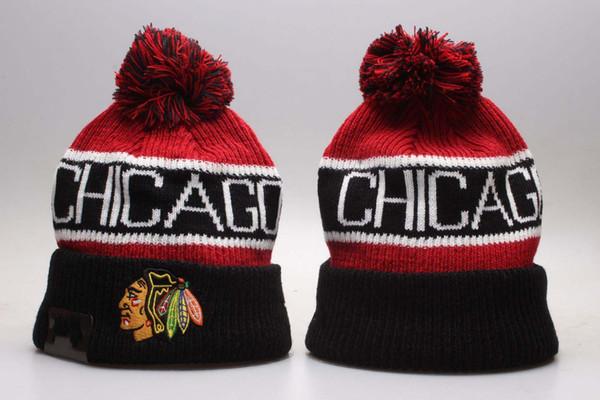 NUEVOS hombres Chicago Blackhawks de punto negro con puños Pom Beanie sombreros de banda lateral rayada Equipos de hockey Beanie Cap Bonnet Gorros de invierno Sombrero del cráneo