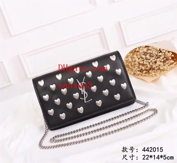2019 new Women's diagonal package trend uses easy to carry Sweet heart decoration custom hardware version handbags which is the most top