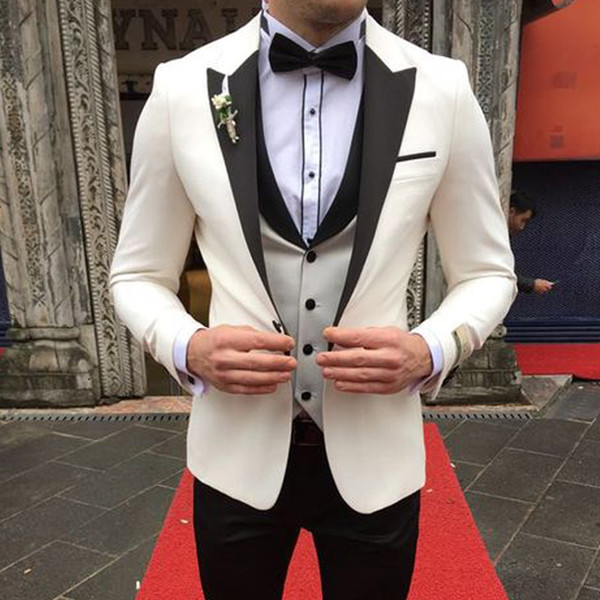 3 Piece Slim Fit Wedding Tuxedos for Groomsmen 2019 Ivory Mens Stage Clothes Peaked Lapel Man Suits Jacket Pants Waistcoat