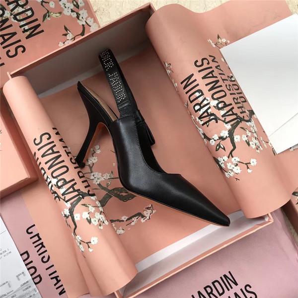 Envío gratis tarifa mujeres bombas Negro mate cuero tachonado picos slingback puntiagudo tacones altos novia zapatos de boda bombas foto real