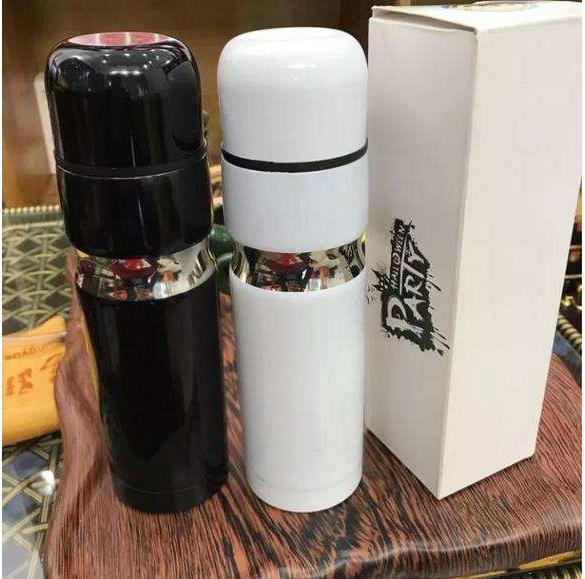 Yeni ! 2019 Marka CC Vakum Bardak Termoslar araba şişesi Şişesi Bardaklar Garrafa Termica Inox ruj fincan Kahve Seyahat Vakum Termo fincan VIP hediye