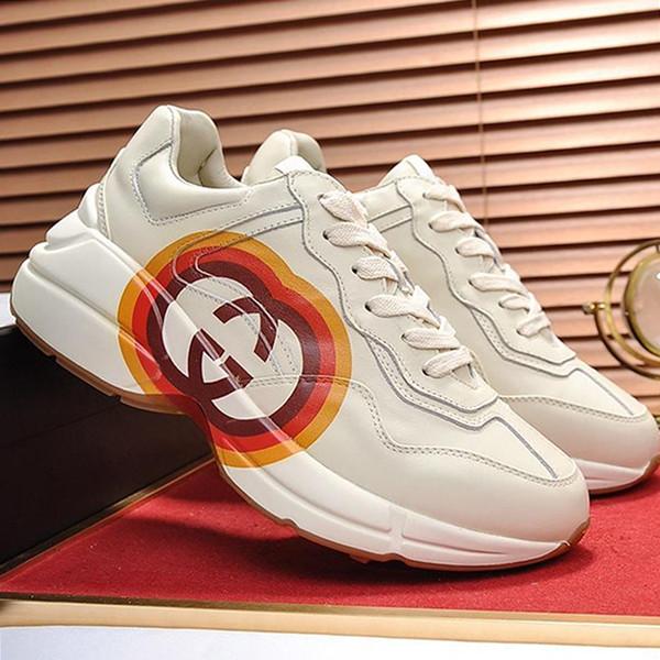 best selling Mens Shoes Fashion Rhyton Sneaker Luxury Platform Footwears Zapatos de hombre Leather Big Size Mens Shoes Vintage Scarpe da uomo Fast Ship