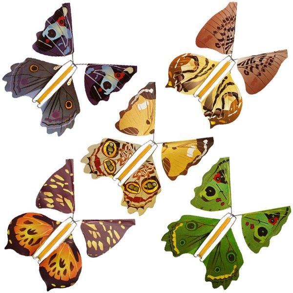 Soportes de metal Falso Mariposa Creativa Mosca mariposa Capullo En Mariposa Niños Lindo Partido de Juguete Accesorios Mágicos Moda Accesorios TTA733