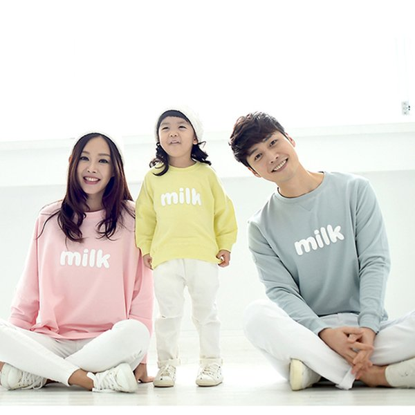Family Matching Clothes Autumn Mommy and Daughter Matching Sweater 2018 Printing O-neck Long-sleeved Loose Sweatshirt QZ085