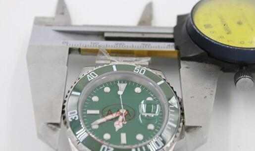 Wholesale - New Mens watch Automatic Movement Men&039;s Stainless Steel Green Dial Sapphire Ceramic Bezel steel Clasp wristwatch