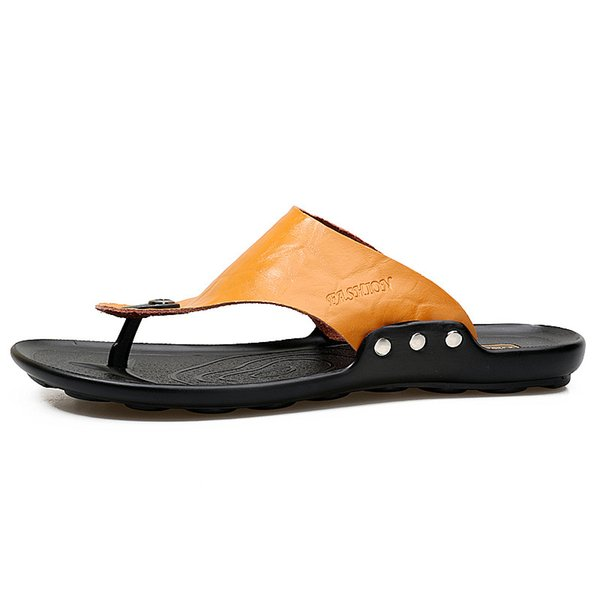 bcd743dc 2018 men's summer new leather non-slip wearable sandals beach shoes