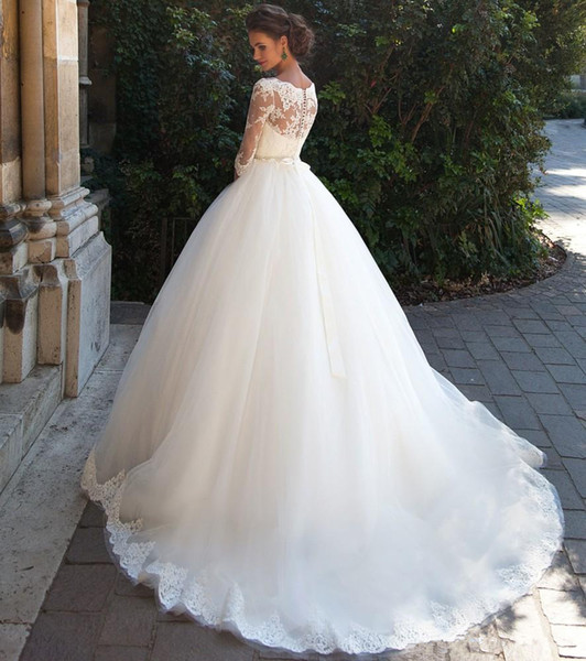 2019 Wedding Dresses Country Lace Bateau Neck A-line Half Sleeves Button Back Pearls Belt Appliques Garden Novia Bridal Gowns