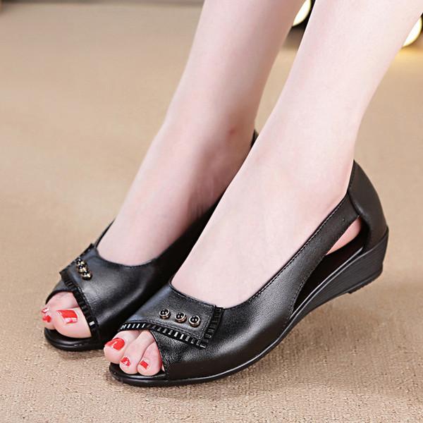 Chaussures sport pour dames Sandales d'été Slipper Beach Chaussures Noir / Blanc Semelle en caoutchouc antidérapante Chaussures de travail pour femmes / plates-formes compensées TC5008