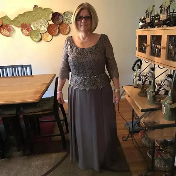 Modest Dark Gray Mother Of Bride Groom Dresses A line Scoop Neckline Long Sleeve Appliqued Mother Evening Gowns Plus Size