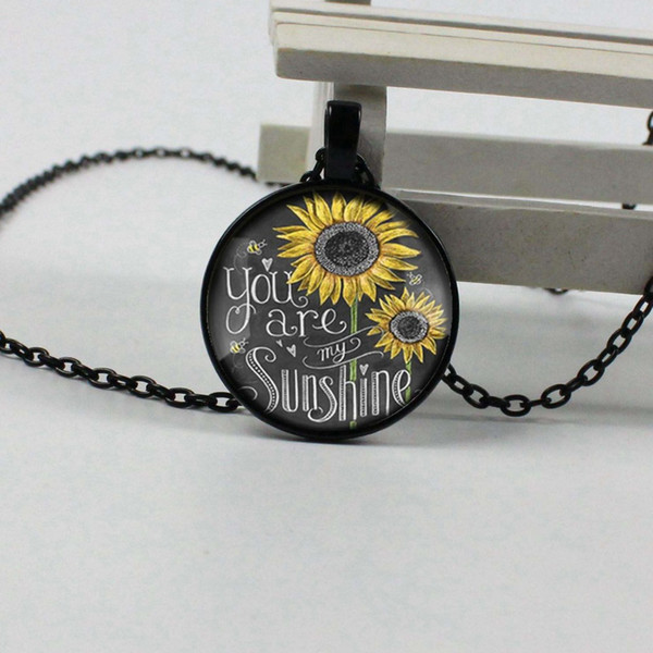 Vintage Neckalce You are my Sun Picture Pendant Sunflower Necklace Women Glass Necklace Gift QH43