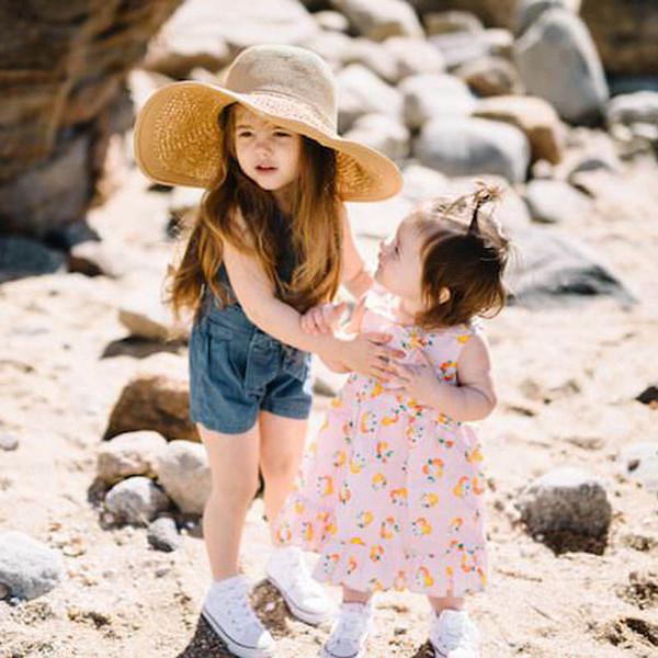 Ins denim meninas suspensórios Verão arcos crianças Jeans crianças roupas de grife meninas macacão meninas shorts crianças suspensórios calções de praia A7341