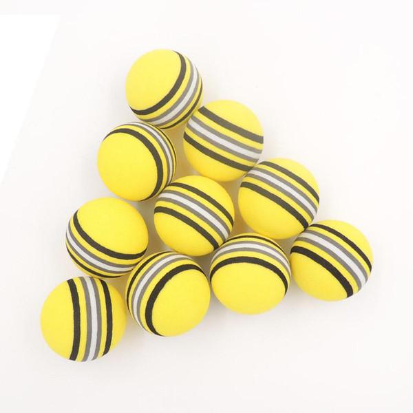 Gros- 50PCS EVA Balles de golf en mousse jaune / rouge / bleu arc-en-éponge d'aide pratique d'entraînement intérieur balle de golf douce