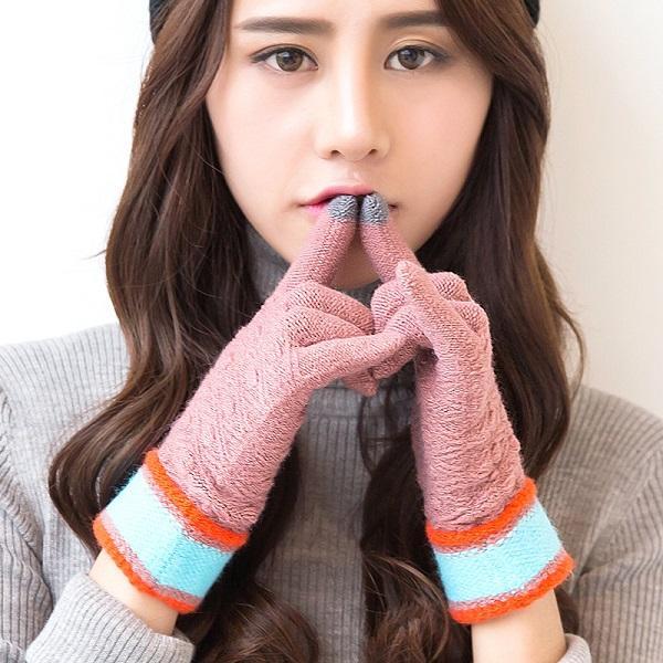 FASHION- d'hiver Gants en laine chaude hommes et femmes Lovers anti-patinage Knit Gant mobile à écran tactile gants de mini-messages 10 styles