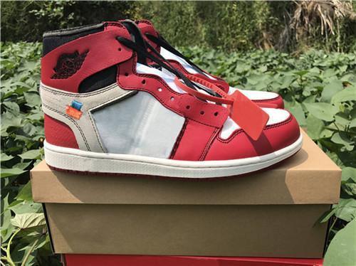 With Box 1 Chicago red Men Women Basketball Shoes Powder Blue 1 UNC Chicago Basketball Outdoor Shoes