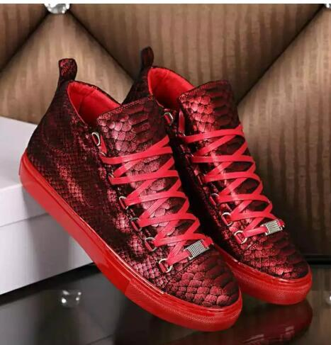2019 más nuevos zapatos de arena de la zapatilla de deporte de moda Kanye West gradiente de cuero de los hombres zapatos casuales zapatillas de deporte zapatos para caminar zapatos planos Hombre39-46