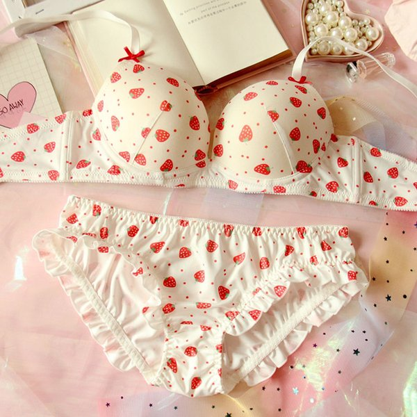 Sweet Lolita Women's Cute Strawberry Print Bra Culottes Lingerie Set Japanese Girl Push Up Soutiens-gorge Bras Mémoires Set Sous-vêtements