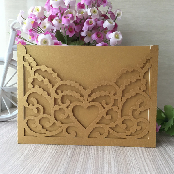 20PCS /lot Wholesale And Retail Wedding Invitation Cards Hollow Lace Festival Greeting Gift Cards Hollow Hearts Decorations