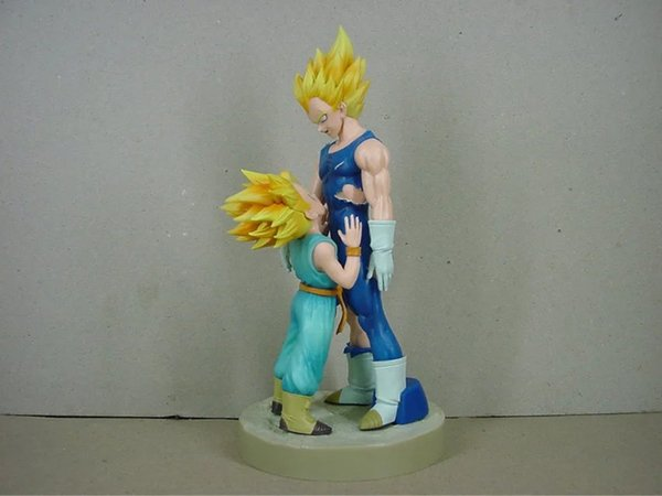 Dragon Ball Z Drammatico Showcase 4a stagione Super Saiyan Vegeta e Trunks Action Figure da collezione Model Toys 21 cm Brinquedos