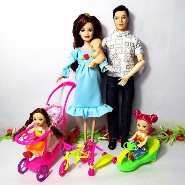 Fashion Toys Family 5 People Dolls Suits 1mom/1dad /2 Little Kelly Girl /1son/1baby Carriage Real Pregnant Doll For Barbie Gifts Q190521