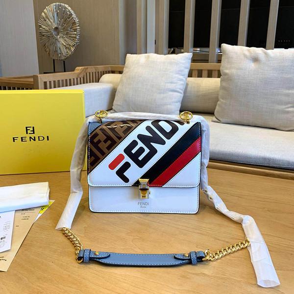 Womens Designer Luxus Umhängetaschen BAGUETTE KAN I F Kleine Handtaschen aus Leder Lady Fashion Griff Tasche Kette Totes Gold Tone Handtasche