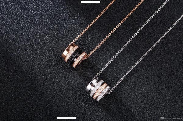 2019 Nouveau Designer de bijoux de luxe Collier SWAROVSKI Quatre anneaux transfert perles de diamant Collier Femme Pendentif Clavicule GLACÉ Chaînes