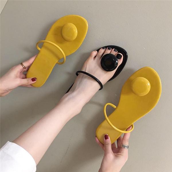 Hot2019 Femme Bas Plat Xianiukou Un Le Mot Drag Doux Niveau Avec Des Sandales Fasciola Chaussures De Plage Rome Shoe