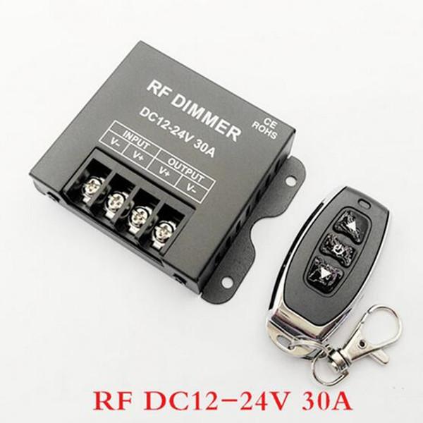 DC12-24V 8A 20A 30A 3Key LED Contrôleur de variateur de lumière LED de couleur unique avec télécommande sans fil RF pour bande lumineuse à LED de couleur unique